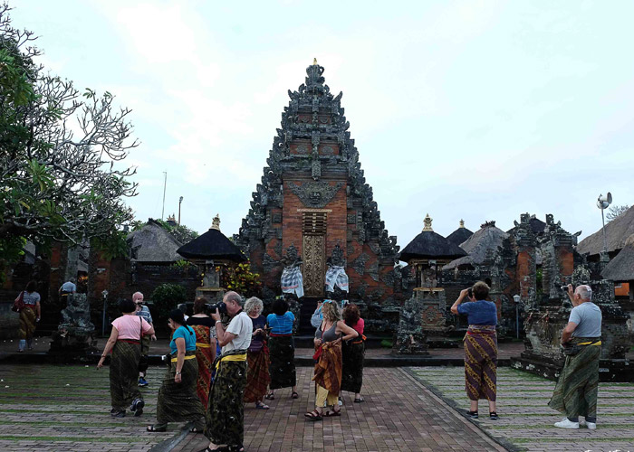 Batuan Temple - Place Interest in Bali