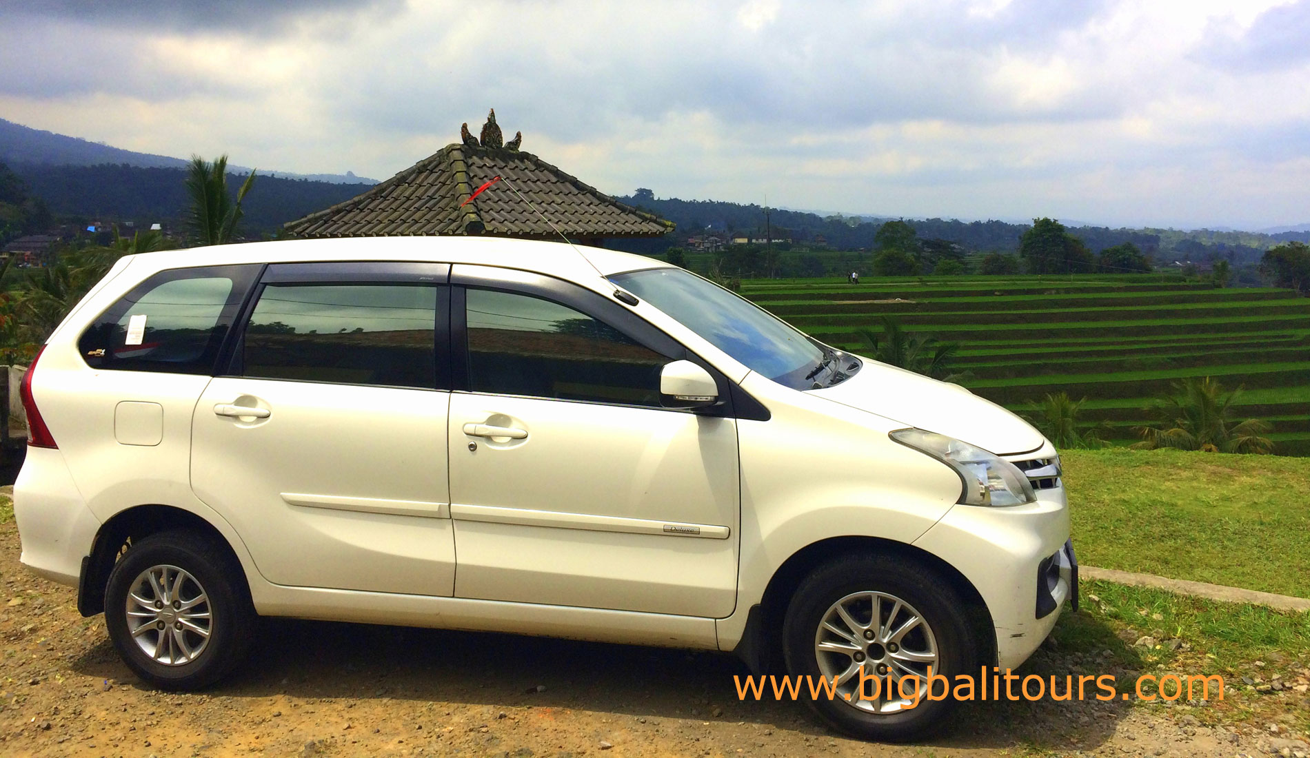 Bali Cheap Car Rental Activities Package 1 Roof Rack Avanza Tours