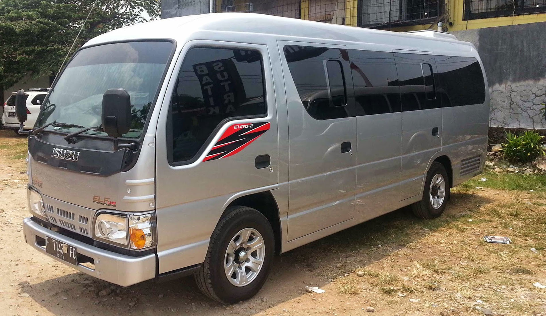 Elf Minibus - Bali Tours Activities