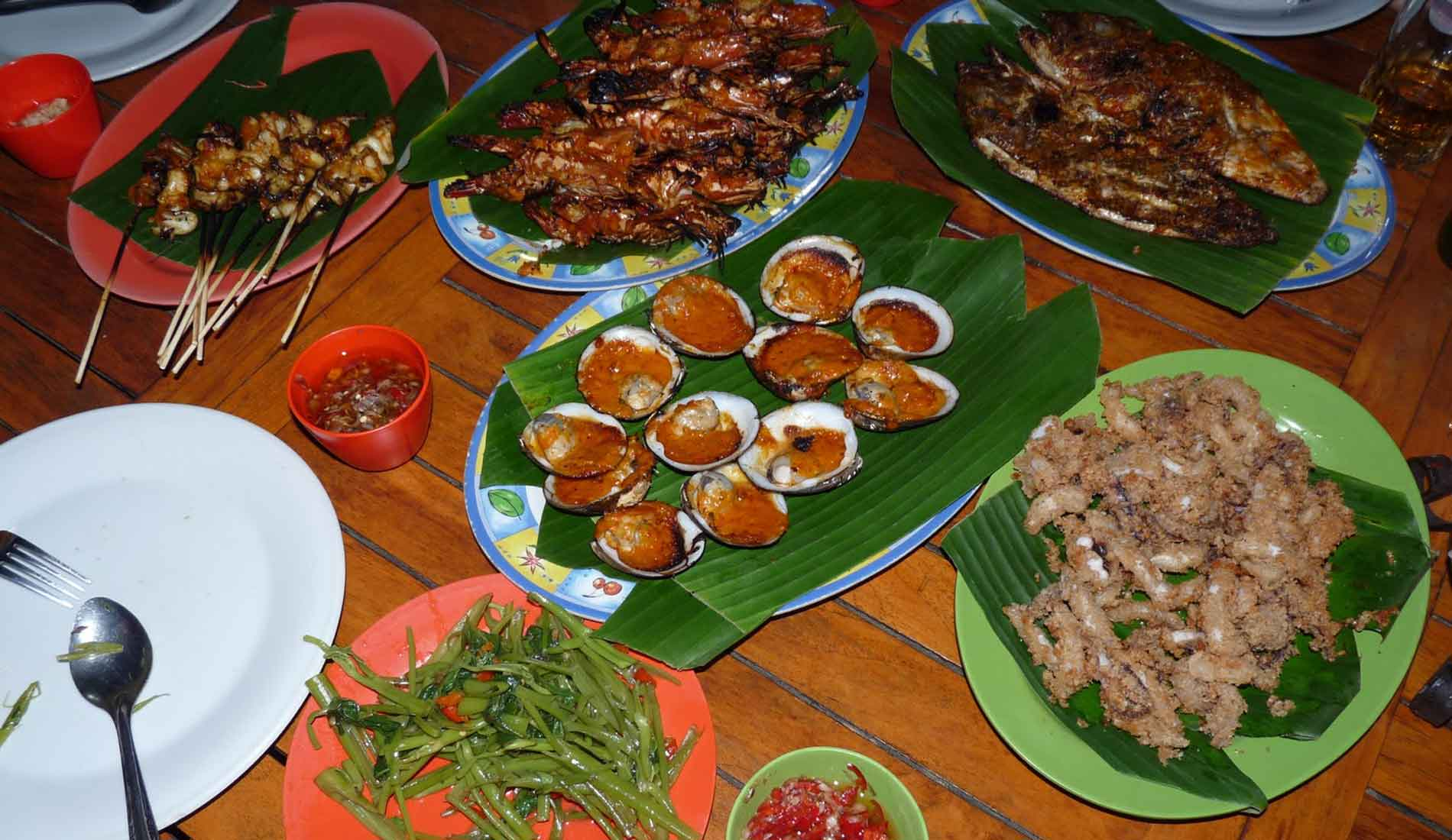 Jimbaran Dinner Seafood - Bali Tours Activities