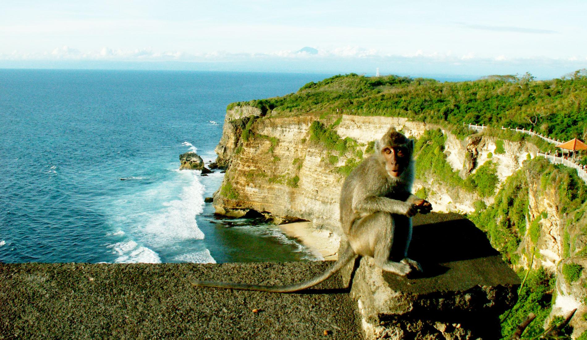 Uluwatu Temple South Bali Place Of Interest In Bali Island Tours
