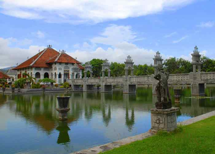 Tamanujung - Tours Package in Bali